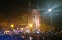 Dwie manifestacje pod katedrą w Oliwie