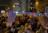 Protestujący w Gdyni na ul. Legionów