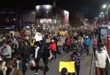 Tłum gęstnieje na ul. Wały Jagiellońskie