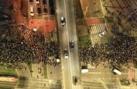 Protesty. Tłum ludzi przeszedł przez Gdańsk do katedry w Oliwie