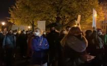 Protestujący wyruszają z Huciska