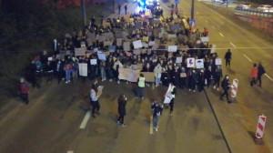 Protest schodzi ze Śląskiej pod UM