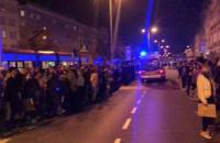 Protesty w Gdańsku: pikietujący robią korytarz życia