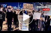 [LIVE] Protest w obronie praw kobiet w Trójmieście [środa]