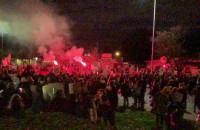 Tłum na Skwerze Kościuszki
