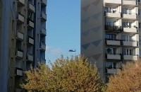 Lądowanie helikoptera na terenie szpitala na Zaspie