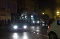 Kawalkada aut rusza z Targu Drzewnego w stronę Sopotu