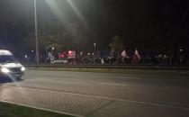 Protestujący idą w kierunku centrum Gdańska
