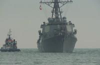 Amerykański niszczyciel USS Ross wszedł do gdyńskiego portu