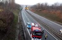 Śmigłowiec LPR ląduje na obwodnicy po wypadku