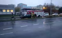Al. Jana Pawła II , strażacy zepchnęli...