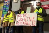 Protest maturzystów pod kuratorium oświaty