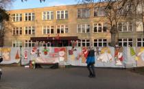 Świąteczne dekoracje na Zespole Szkół nr 2...
