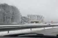 Obwodnica po nocnych opadach śniegu (4.1.2021)
