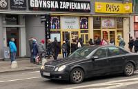 Kolejka do Pączusia w Gdyni prawie jak w Tłusty Czwartek