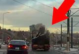 Luźny ładunek na ciężarówce