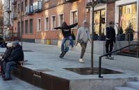 """""""Skatepark"""" na placu przy Podmłyńskiej"""