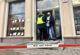 Policyjne technicy na miejscu napadu na jubilera we Wrzeszczu