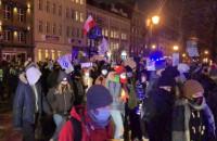 Protestujący ruszają na Hucisko