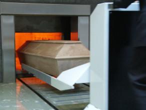 Kremacja czy tradycyjny pochówek?
