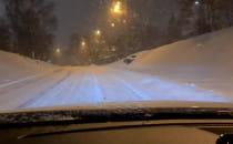 Zasypane śniegiem drogi w Gdyni
