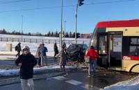 Tramwaj zderzył się z autem na Chełmie