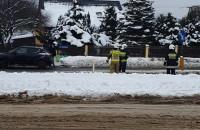 Działania służb po wypadku w Leźnie