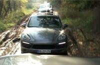 Porsche pokonuje błoto