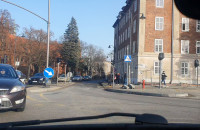 Niebezpieczne sytuacje przy wyjeździe z Toruńskiej