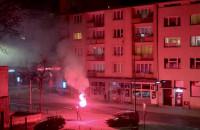 Odpalił racę i zaczął śpiewać w centrum Gdyni