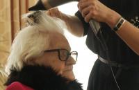 Dzień Kobiet: seniorki wzięły udział w sesji zdjęciowej do kalendarza