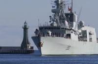 Kanadyjska fregata Halifax wpłynęła do gdyńskiego portu