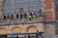 Ruszył demontaż szklanej elewacji na dworcu w Gdańsku