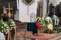 W Katedrze Oliwskiej zaczyna się pogrzeb Piotra Świąca