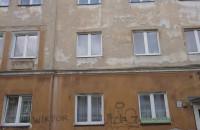 Koszmarny stan budynku w centrum Sopotu przy 1 Maja