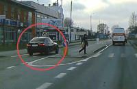 Policyjny pościg na ul. Hutniczej w Gdyni
