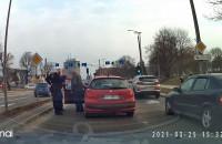 Interwencja policji na końcu Traktu Konnego