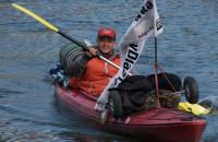 Pokonał 1 tys. km kajakiem żeby pomóc choremu koledze