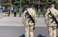 Pożegnanie żołnierzy na lotnisku w Babich Dołach