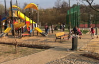 Płac zabaw za Parkiem Oruńskim ...