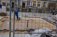 Nowa kostka na Długim Targu