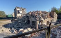 Wyburzają szkołę przy Powstańców Warszawskich