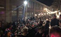 Tłum bawi się na ul. Elektryków