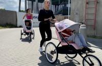 Bieganie z wózkiem, by zebrać pieniądze