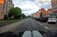 Wściekły kierowca śpieszy się