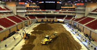 Ergo Arena przygotowuje się na Noc Skoków Motocrossowych