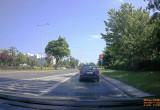 Omija zatrzymujących się przed znakiem stop