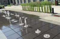 Taniec fontanny przy Uniwersytecie Morskim