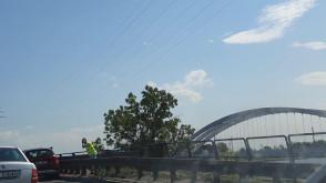 Awaria tamuje ruch na moście wantowym w Gdańsku
