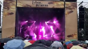 Koncert Nosowskiej w deszczu